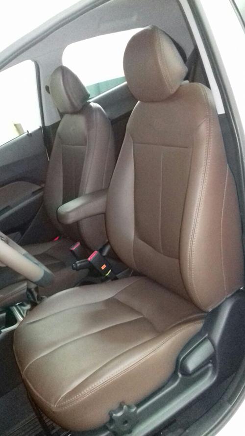 Instalação do cruise control (piloto automático) e descansa braço - Página 8 Hyundai-hb20-couro-marrom-volante-apoio-de-braco-cambio-2